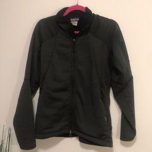 Patagonia R1 fleece sz large in black